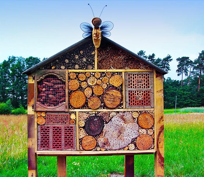insektenhotel bilder von selbst gebauten. Black Bedroom Furniture Sets. Home Design Ideas